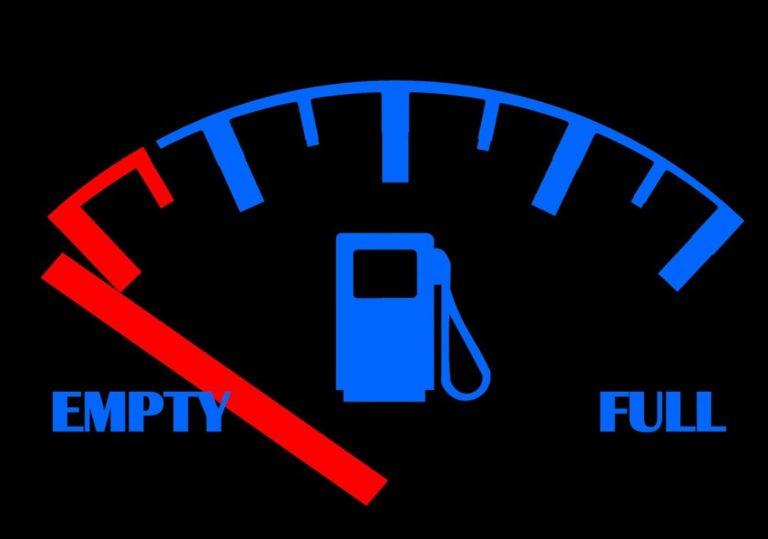 Почему повышаются цены на бензин